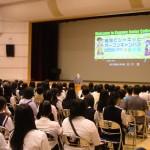 挨拶で石川学長が「建学の精神」を紹介しました