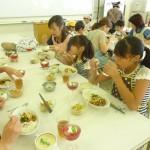 手づくり料理に、子どもたちの食欲も旺盛でした