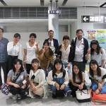 高松空港で。「元気でいってきまーす!」