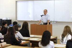 石川学長より激励の言葉