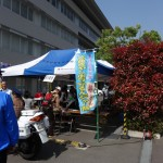 学生たちは、香川県警のブースに参加しました