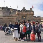 エジンバラ城(スコットランドの首都エジンバラ)前です
