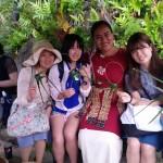 ボリネシア・カルチャーセンターで記念撮影です