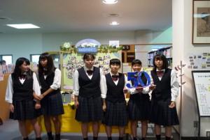 附属図書館の50周年イベントに参加てくれました。