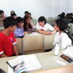 日本と中国の大学生活の違いについて話し合い