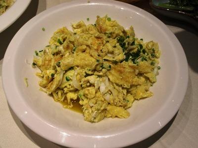 卵としらうおの炒め物
